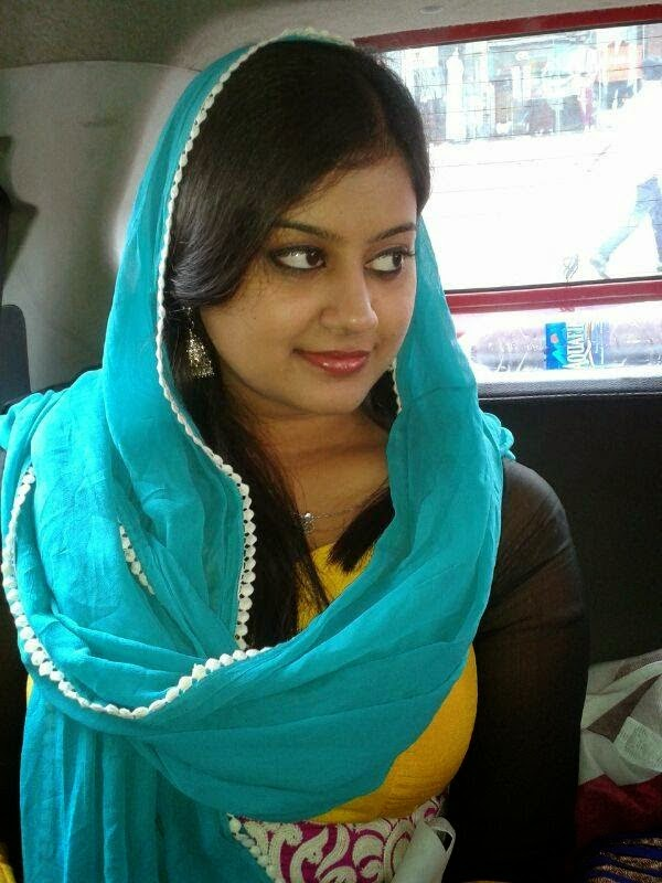 ... Hassan latest navel show, Ansiba Hassan new image in navel show