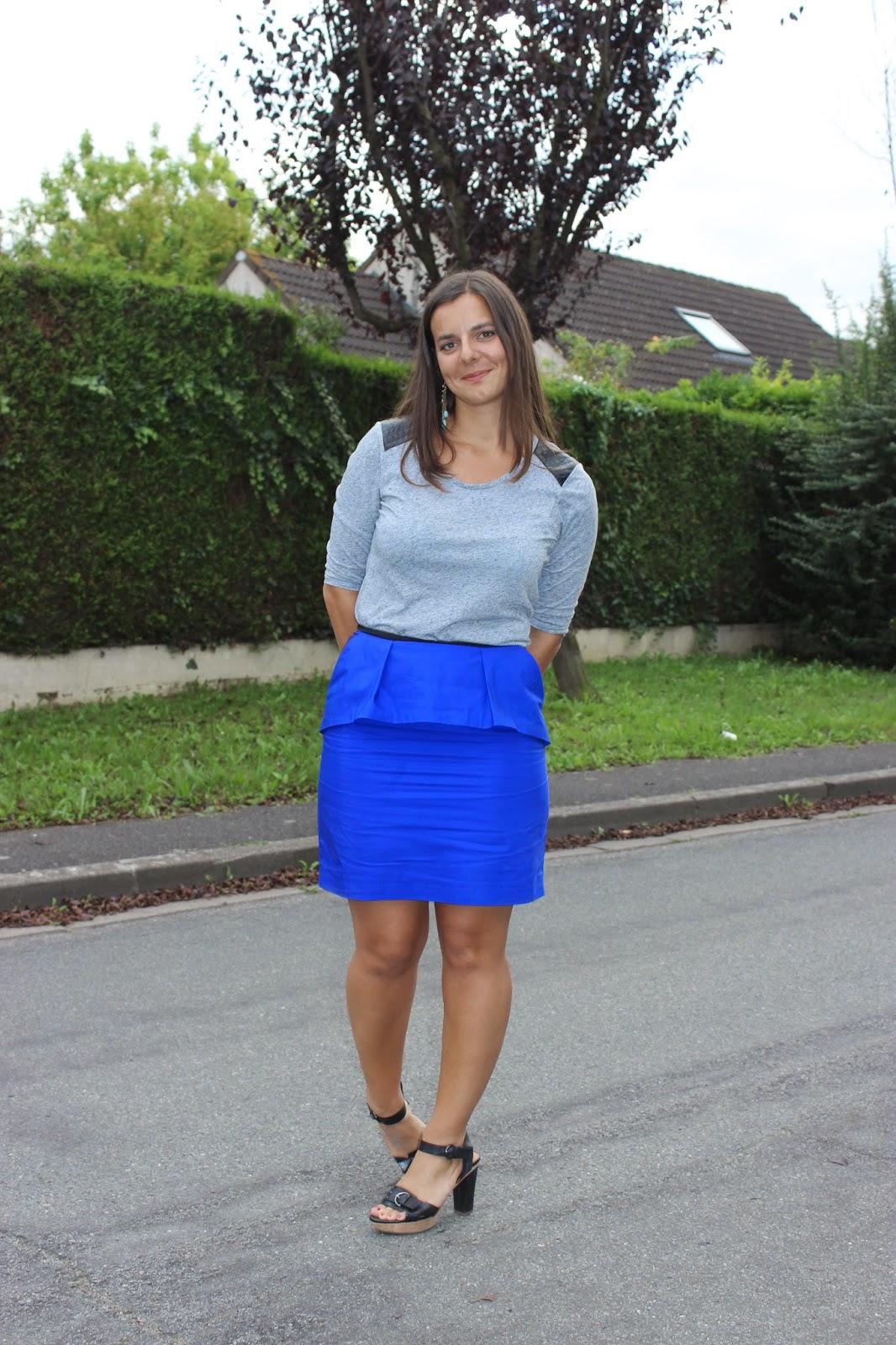 jupe bleu Comptoir des cotonniers à jabot, sandale geox