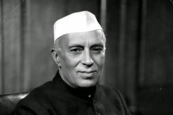 Jawaharlal Nehru Hindi Quotes and Sayings
