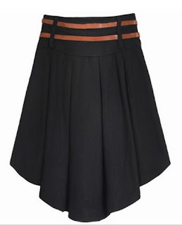 Falda plisada de lana con correas delgadas en la cintura