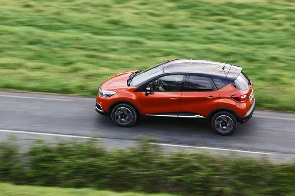car i Novo Renault Captur 2014