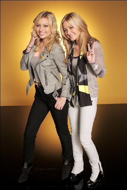 "Aly & Amanda Michalka – ""Like Whoa"" Music Video Photoshoot"