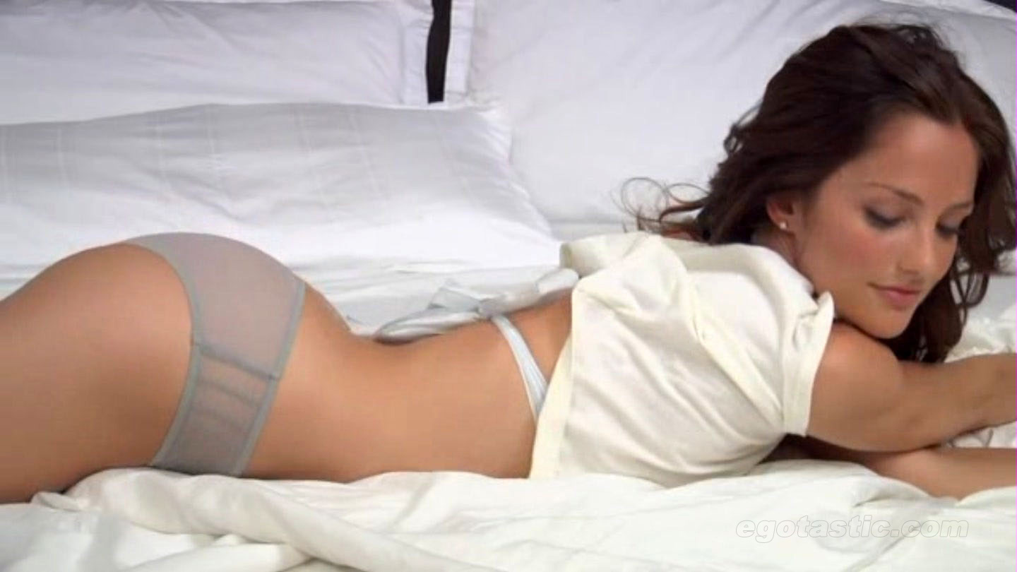 Another Reason to Masturbate 1: Minka Kelly Minka+Kelly+Hot_4