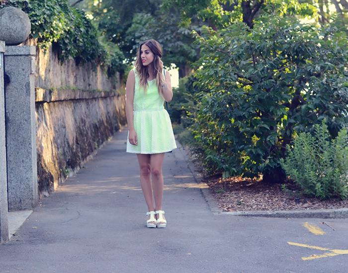 alison liaudat, blog mode suisse, bangbangblond, fashion blogger, switzerland, neon, dress, lipstick, mac