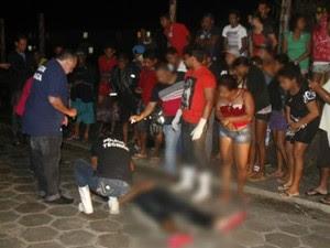 Adolescente é morto após ser atacado enquanto andava de bicileta junto com namorada (Foto: Uinderlei Guimarães / Sulbahianews)