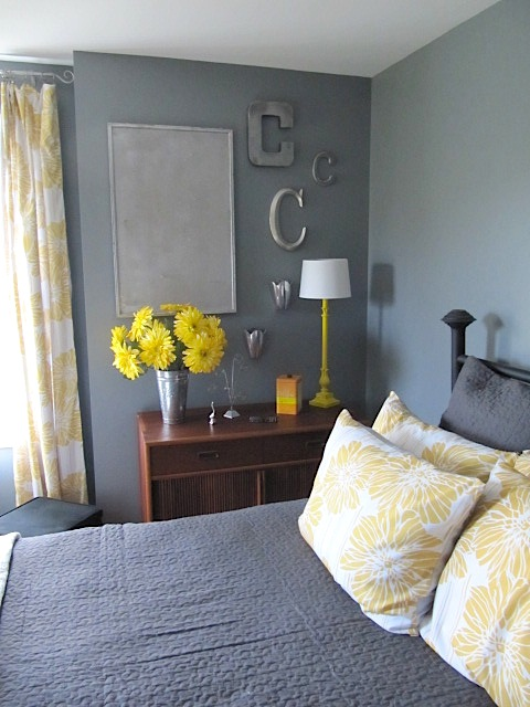 Sew Many Ways Courtney 39 S Room Spray Painting Ideas