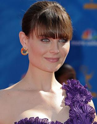 Emily Deschanel Gold Hoop Earrings