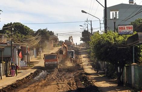 TP. Pleiku: Doanh nghiệp đã thi công đường Đinh Công Tráng