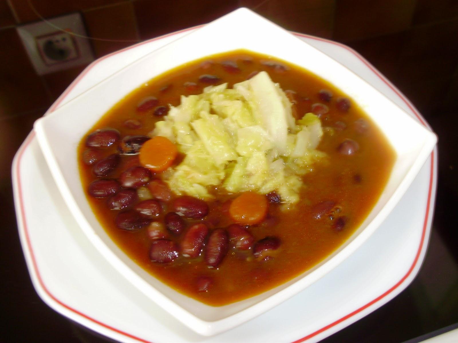 Judias negras con berza de temporada palentina for Cocinar judias negras