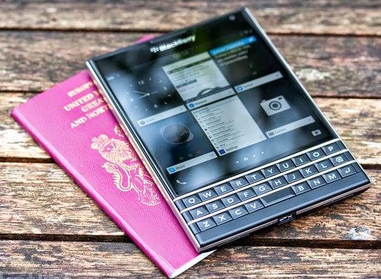 BlackBerry-Passport-Official-unboxing-video
