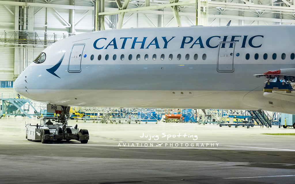 porter 5 force cathay pacific The five forces of singapore airline: this porter's 5 forces analysis deals with factors outside of airline industry that influence the nature of competition within it, the forces inside influence that how singapore airline compete.