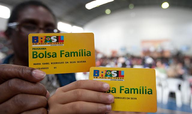 Relator do Orçamento confirma que vai propor corte no Bolsa Família