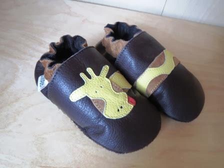 Braune Lederpuschen für Babys von Liliputi mit Giraffe