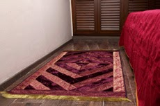 Carpet in Velvet and Brocade Dark Purple / Gold
