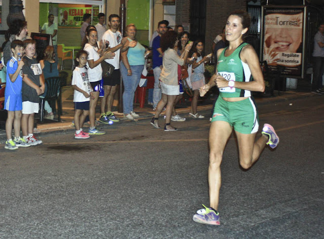 carrera-monumental-nocturna-antequera-deporte-andalucia-eugenia-galan