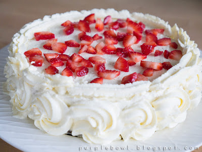 Chocolate cake with mascarpone cream recipe
