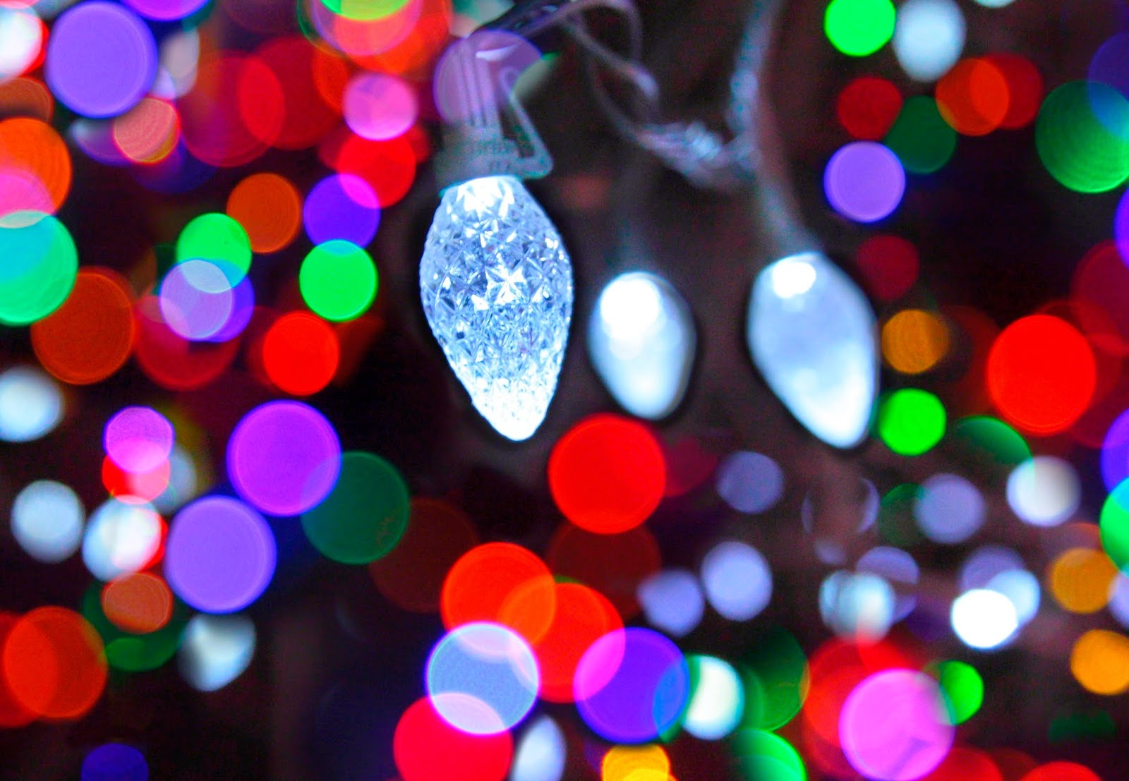 Good Wallpaper Christmas Chromebook - christmas-lights-853472-wallpaper  Picture_882223 .jpg