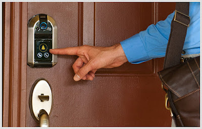 Coolest and Smart Doorbells for Your Home - Westinghouse Smart Lock (15) 9