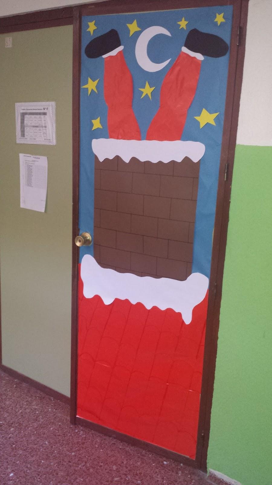Decoraciones para puertas de navidad con reciclaje for Puertas decoradas navidad material reciclable