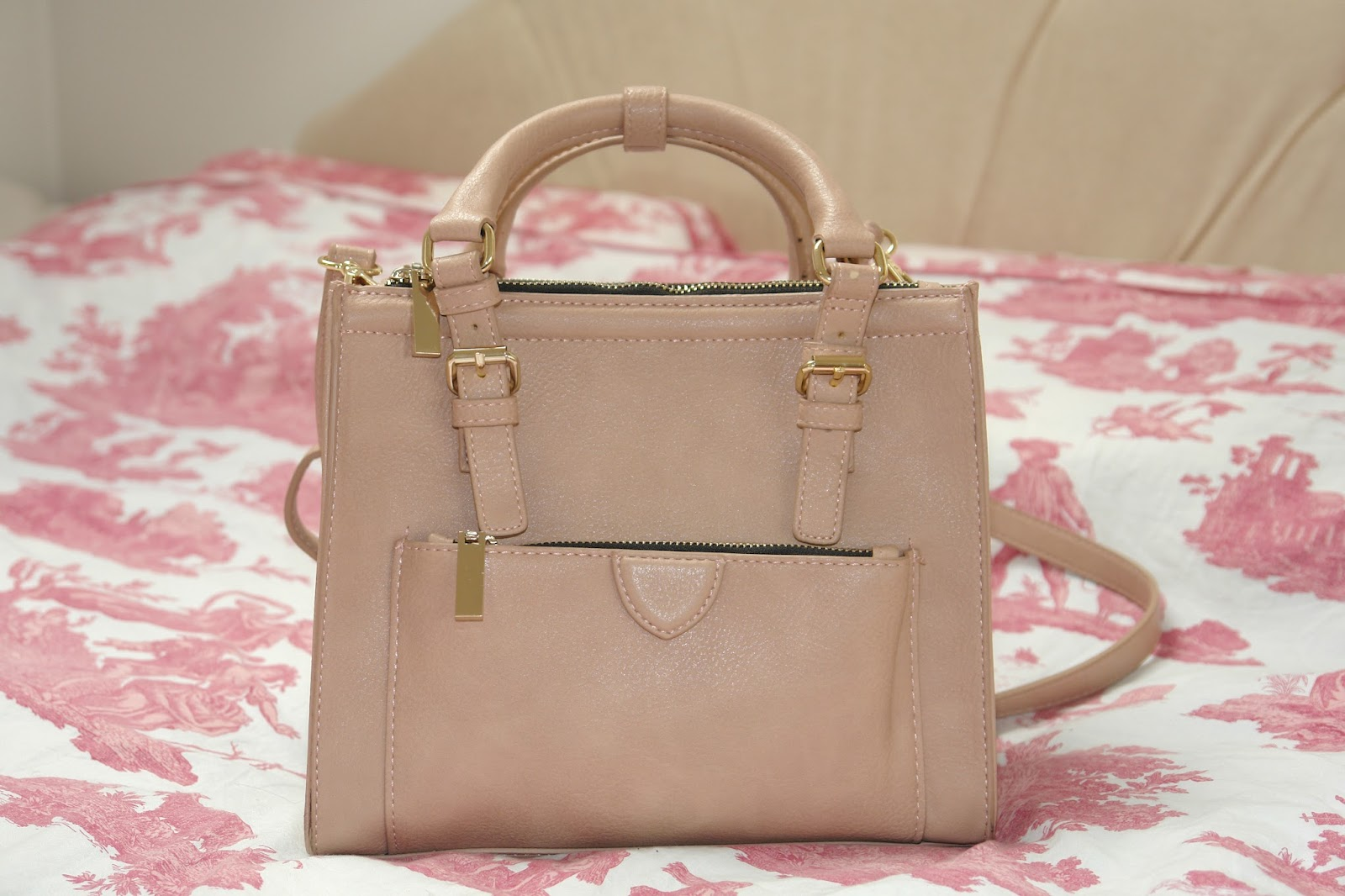 ZARA Mini City Bag in Light Pink, blog, blogger, photos, fashion, UK fashion, handbag, Spring, Summer, pastel