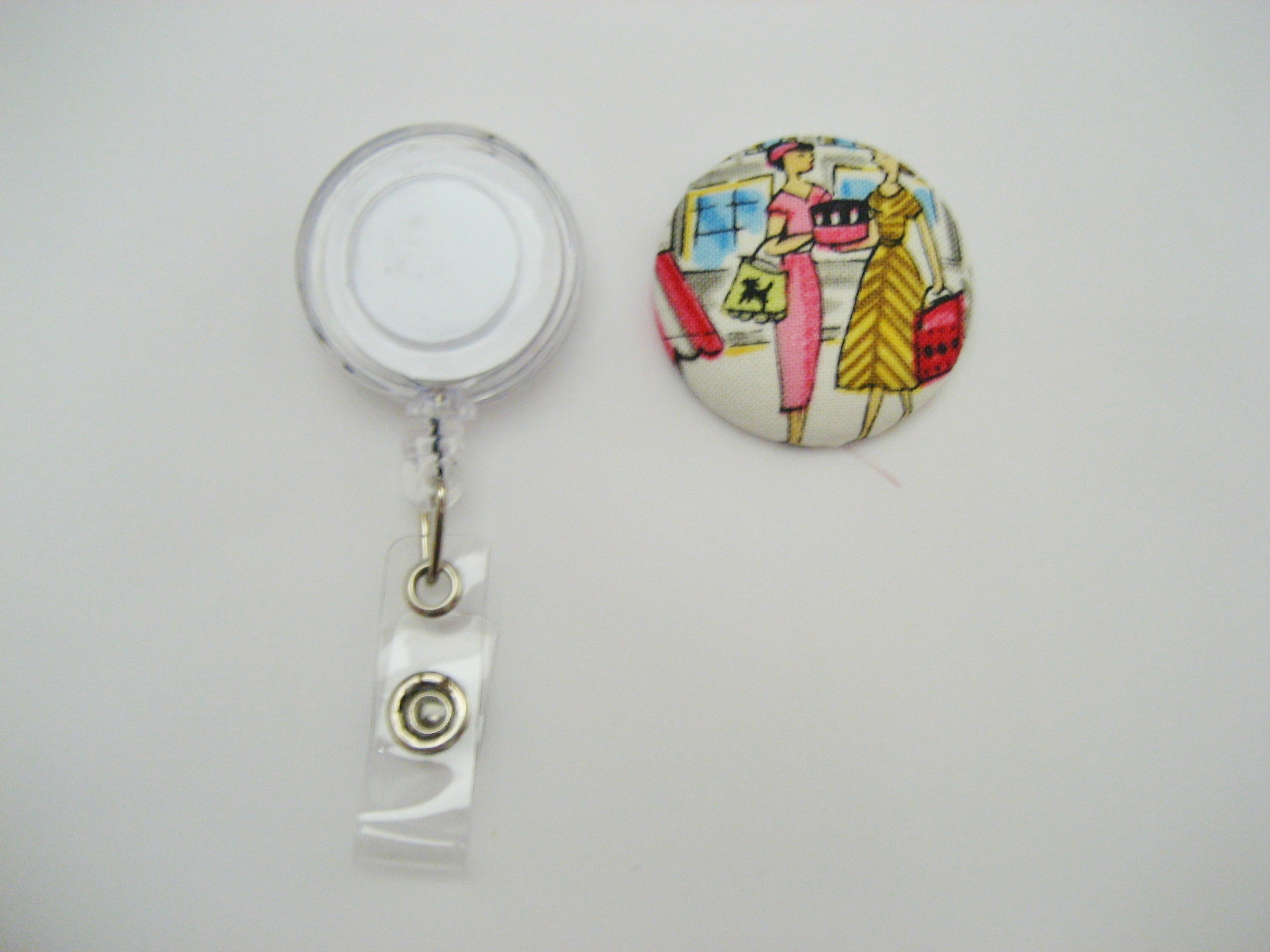 Self cover button badge reel tutorial all wrapped up the centre of the badge reel is a bit lower than the rim so the back of the button wont really come in contact with it so dont waste any glue there solutioingenieria Gallery