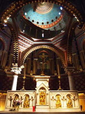 Altar de la Iglesia de San Martín de Pau