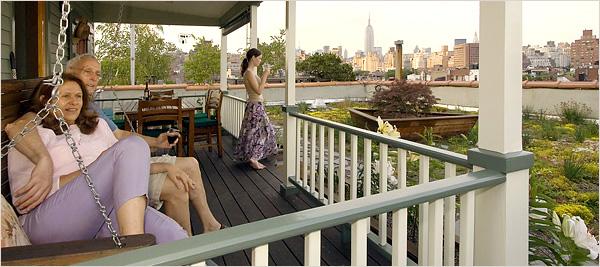 03-David-Puchkoff-Eileen-Stukane-Architecture-Cottage-on-a-Rooftop-in-Manhattan-New-York-www-designstack-co