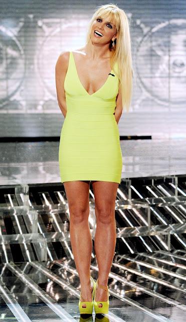 Britney Spears y sus mejores vestidos