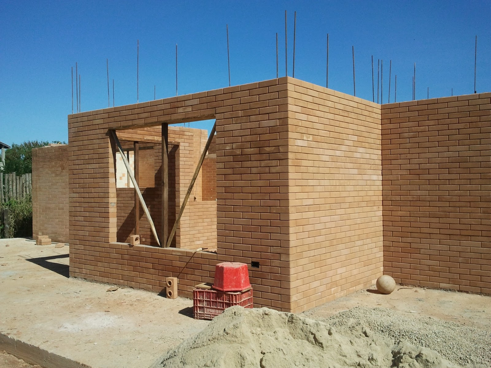 Construindo e Ampliando com Tijolo Solo cimento / Ecológico  #30689B 1600x1200 Banheiro Com Tijolo Ecologico