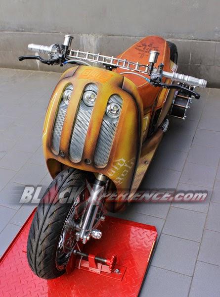 Gambar Modifikasi Honda Scoopy Style Low Rider Bodi Hotrod 2014