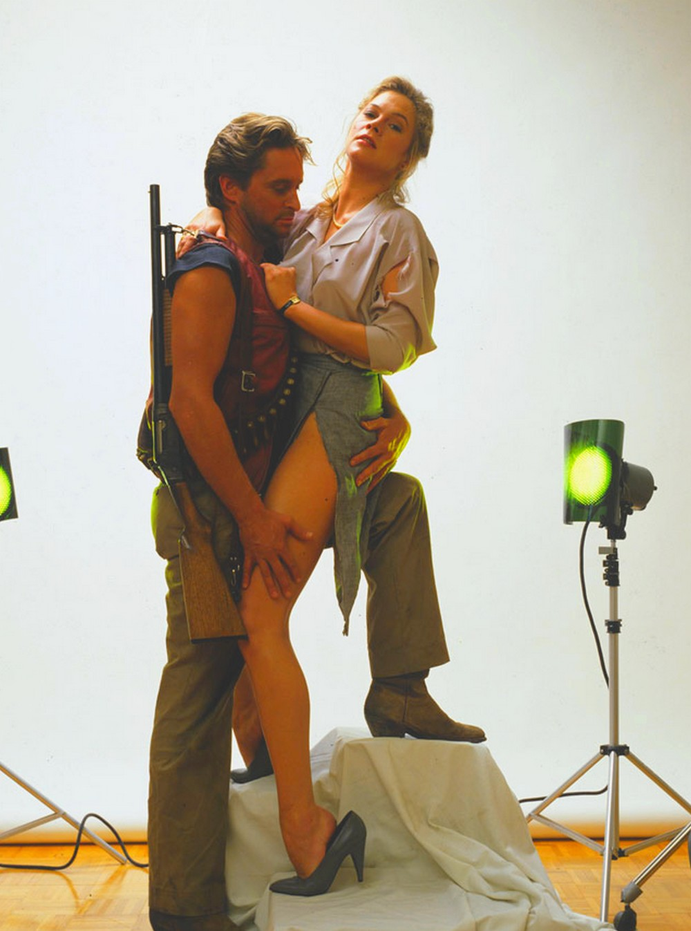 Michael Douglas and Kathleen Turner - Romancing the Stone Still 1Romancing The Stone