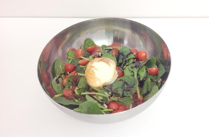 Receta ensalada de espinacas, sencilla y sana - Hansel y Greta