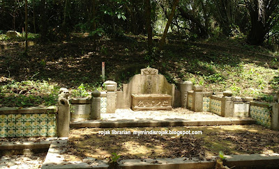 Madam Oon Chin Noo (single largest tomb in Seh Ong)