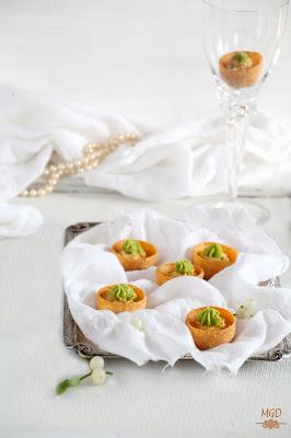 Tartaletas de crema de mejillones con guacamole  mi gran diversion