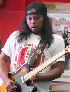 Muhammad Gunawan, 10 Musisi Internasional Ini Berdarah Indonesia