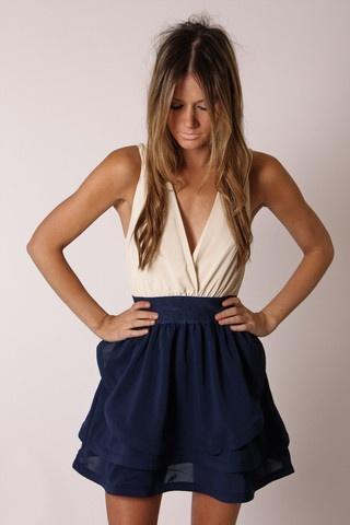 Imagenes de vestidos para chicas flacas