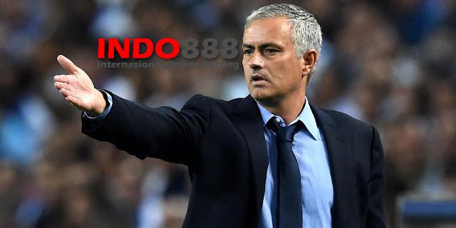 Mourinho Mengajukan Banding pada FA - Indo888News