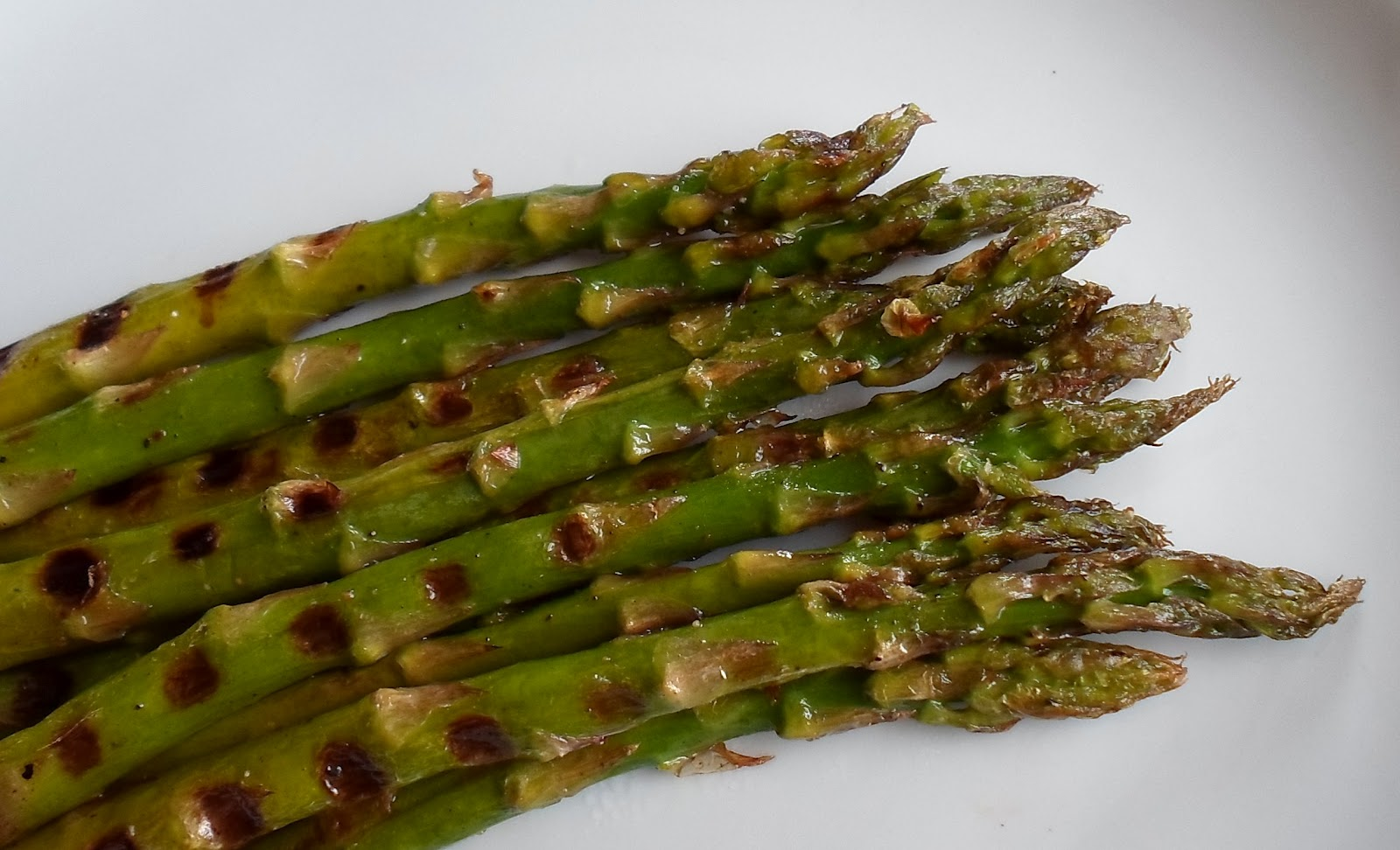 Grilled Asparagus and Cuisinart Griddler Review