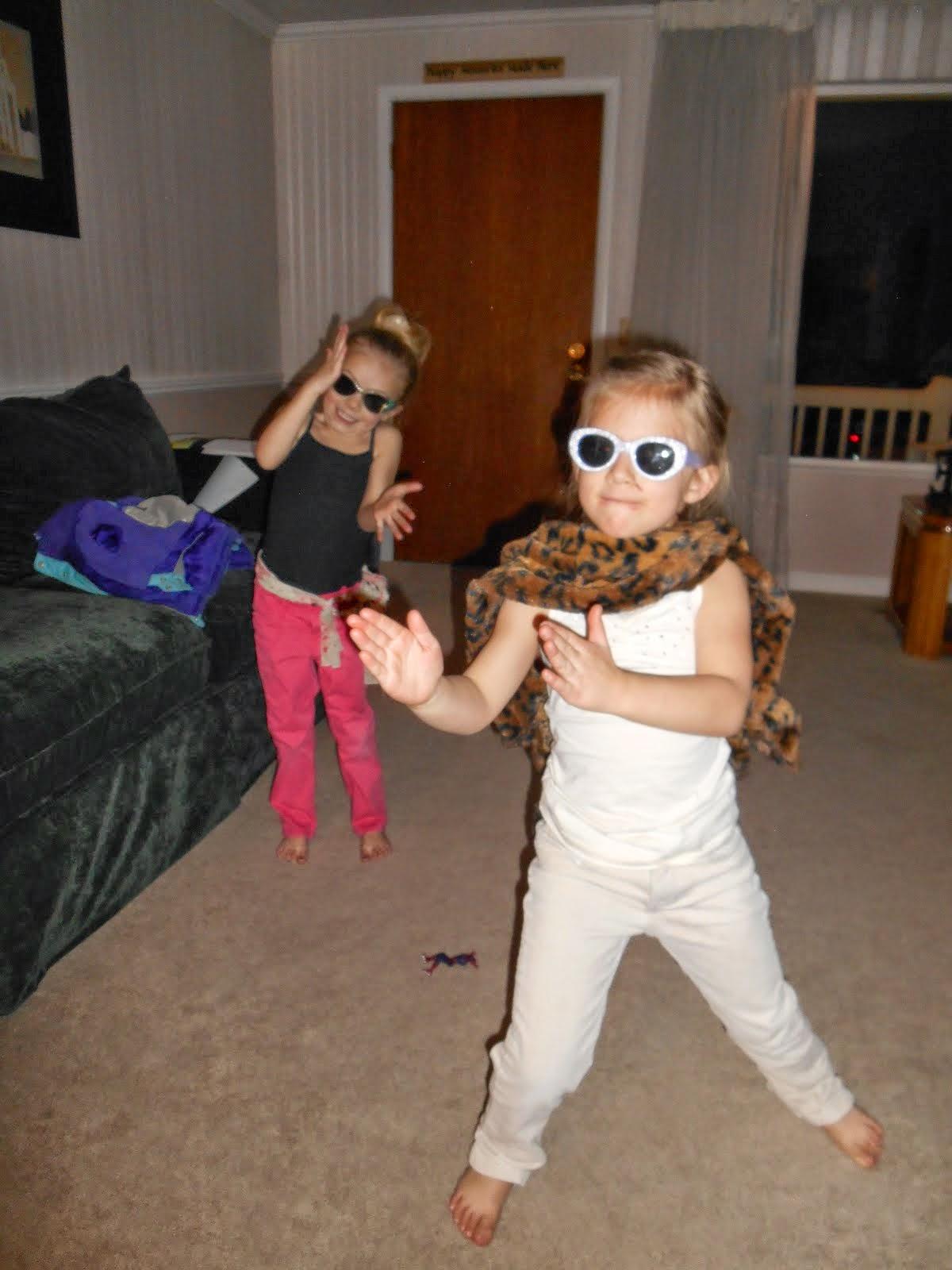 Brielle & Macy