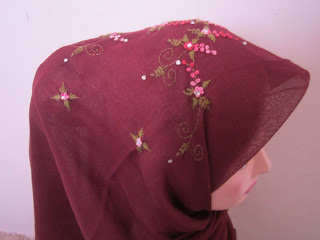 tudung bawal sulam crown dark purple