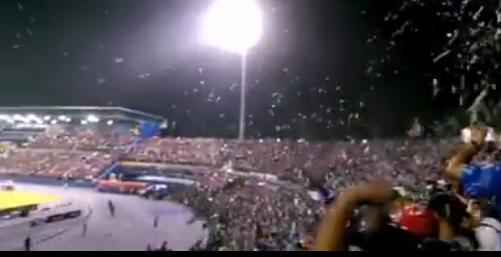 Hujan Salji Landa Stadium Larkin 25 Okt 2014