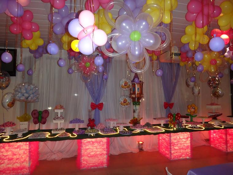 Enrolados mesa de doces