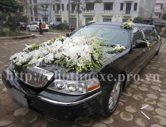 Cho thuê xe cưới Vip LINCOLN LIMOSINE KRYSTAL tại Hà Nội