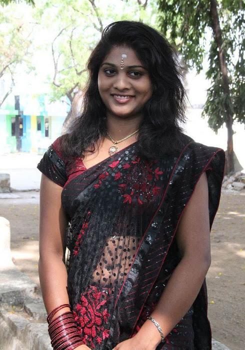 priya actress pics
