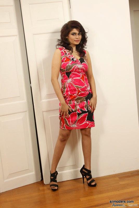 Hot And Sexy Kishani Alanki Pereras New Photo ~ the