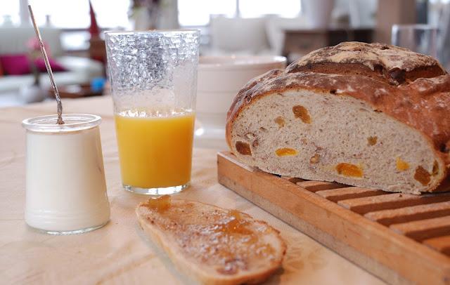 recette pain aux fruits et aux noix