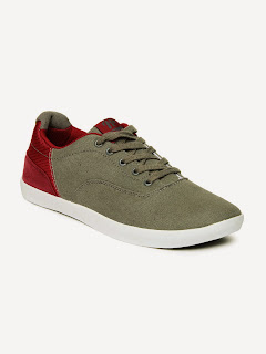 Buy Roadster Men Grey & Maroon Casual Shoes