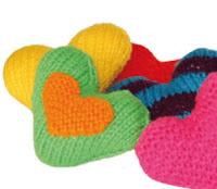 http://www.tejiendoperu.com/mu%C3%B1ecos-en-dos-agujas/corazones/