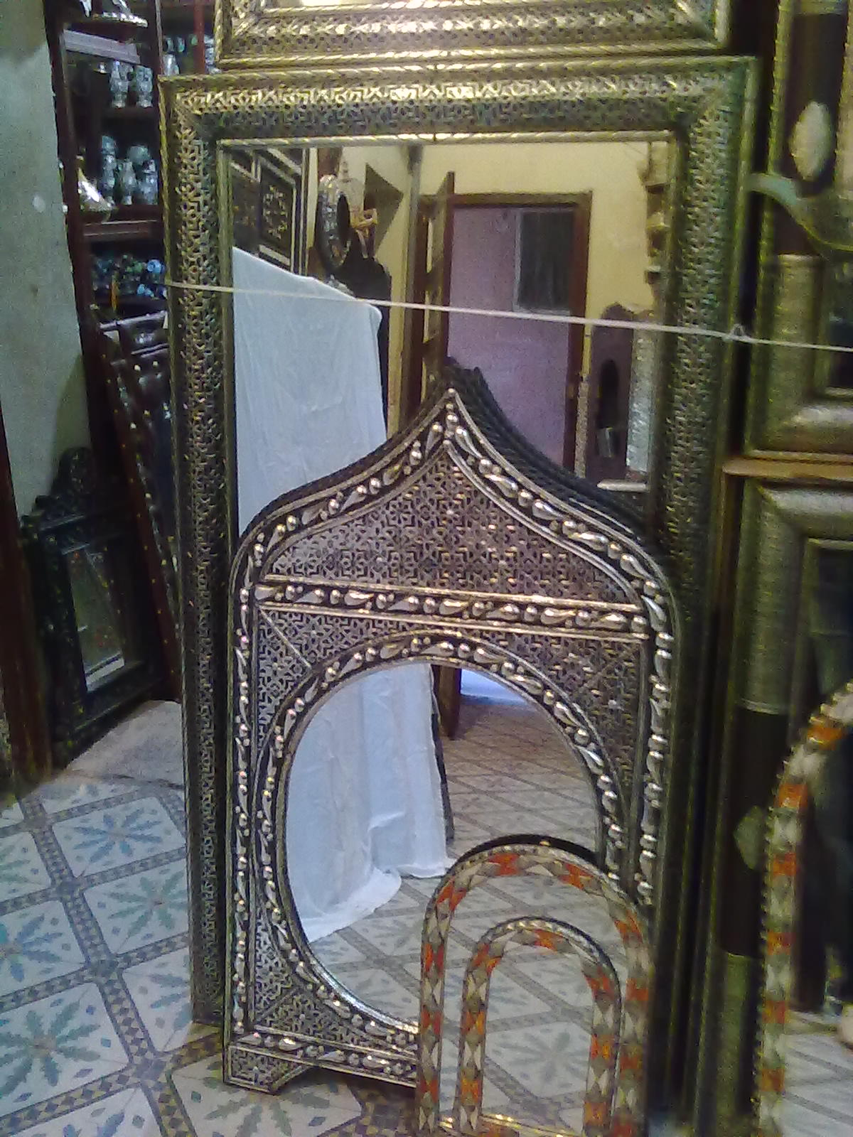 Bazar d 39 artisanat marocain miroir a21 for Miroir marocain