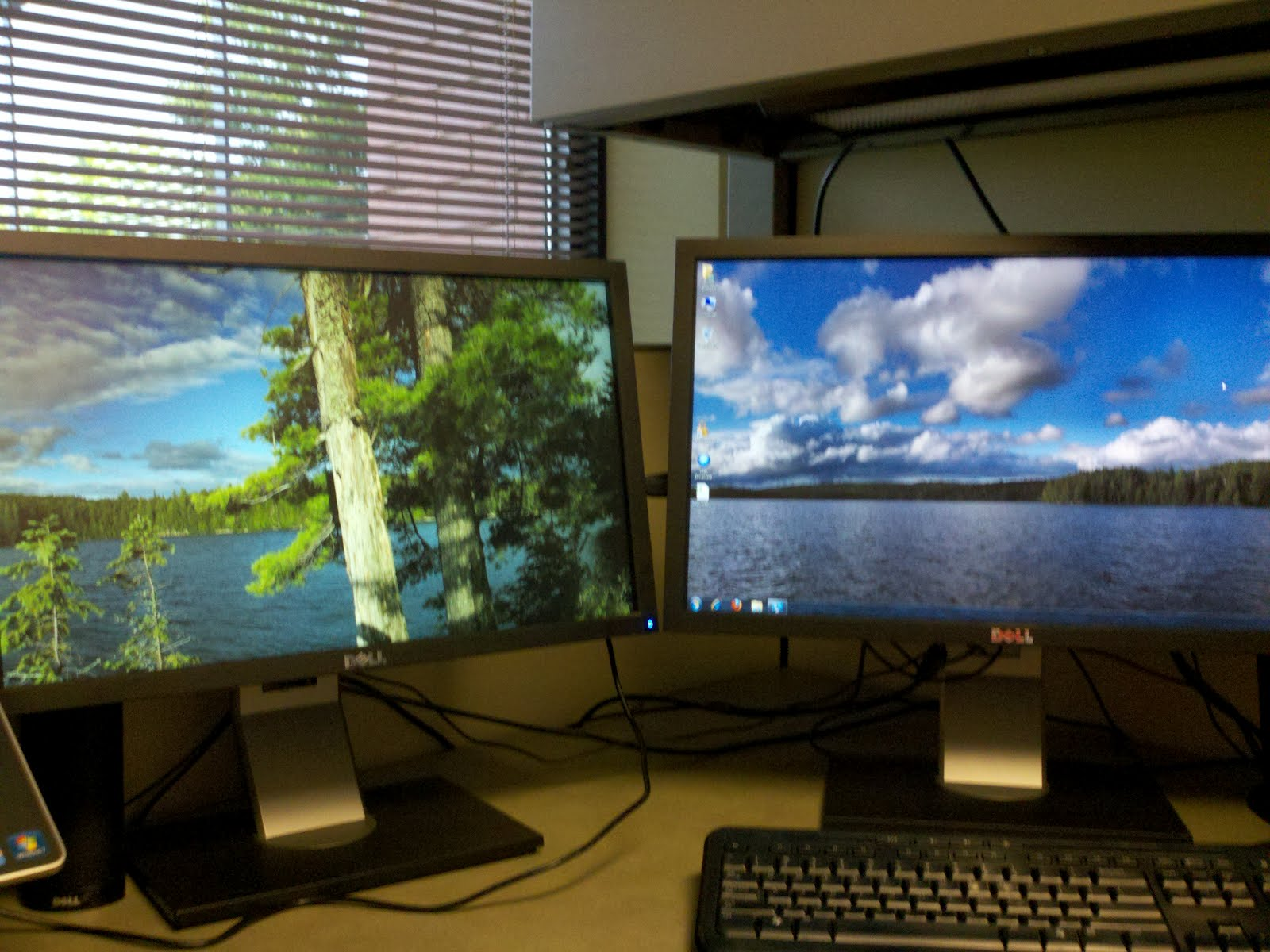 Bryant Brabson Windows 7 Dual Monitor Wallpaper Tiles In The Wrong